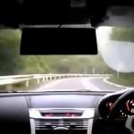 日本の走り屋がマツダ・RX-8で時速120~140kmで峠を駆け抜けるドラレコ映像