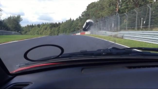 Nurburgring-Renault-Megane-RS-Crash